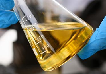 How do oil additives work